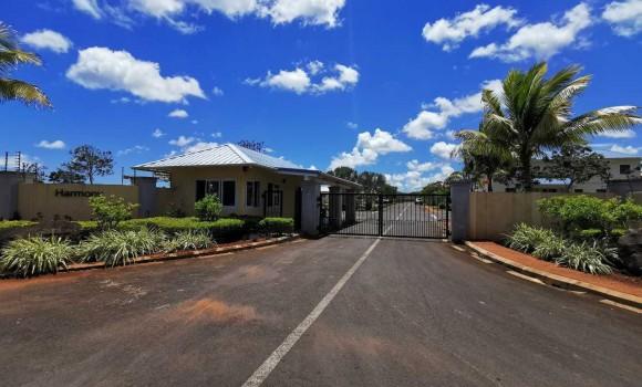 A vendre - Terrain résidentiel - trou-aux-biches